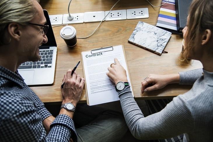 Mentorat versus deux modes d'accompagnement entrepreneurial